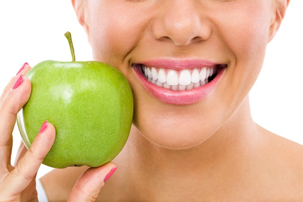 Cosmetic Dentistry  &#    ; What Type Of Dentist Does A Smile Makeover Treatment?
